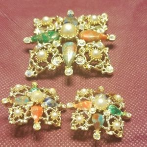 Sarah Coventry vintage brooch and earrings PM 711